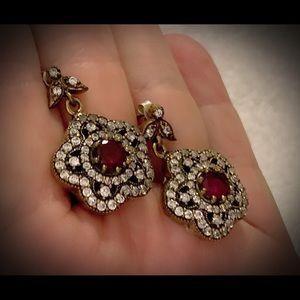 Universal Star Vintage Cluster Ruby Earrings .925
